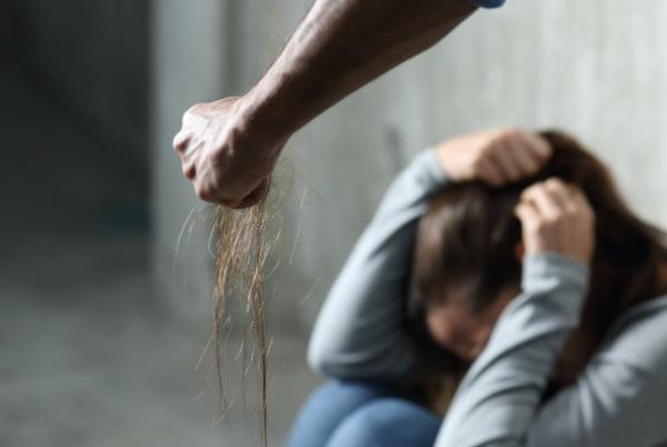 遇到家庭暴力应该如何解决?